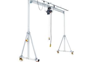 Przestawna wciągarka bramowa z podporami bocznymi (wymagane w zależności od warunków użytkowania)