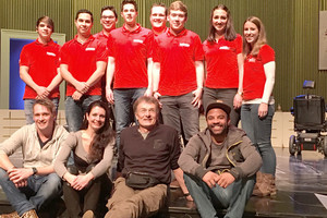 """Das VETTER Azubi-Team mit dem Ensemble von """"Ziemlich beste Freunde"""""""